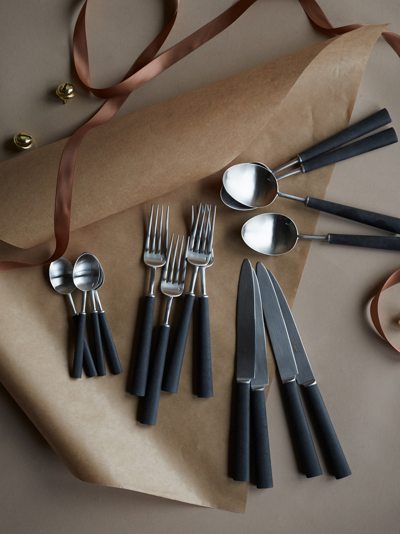Ebony Cutlery 16 pcs - Gift Set
