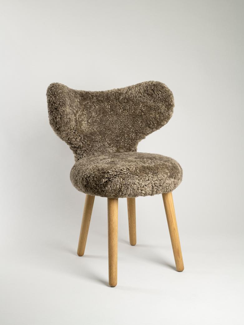 WNG Chair - Sheepskin Dark