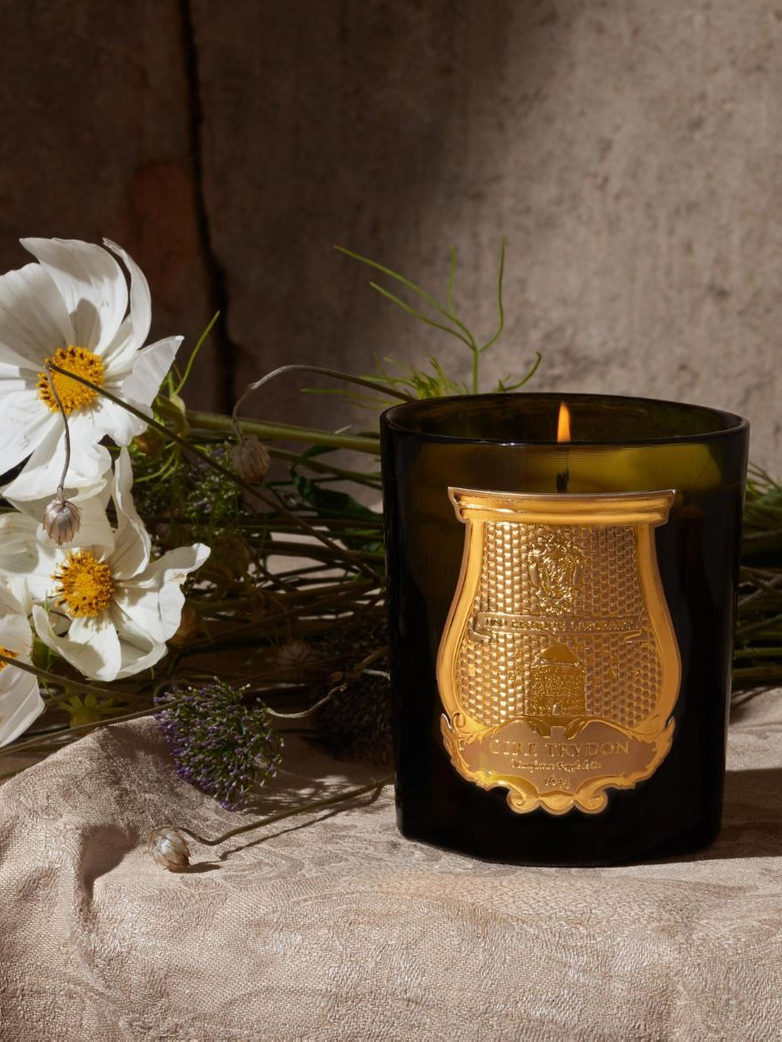 Classic Scented Candle - Carmélite