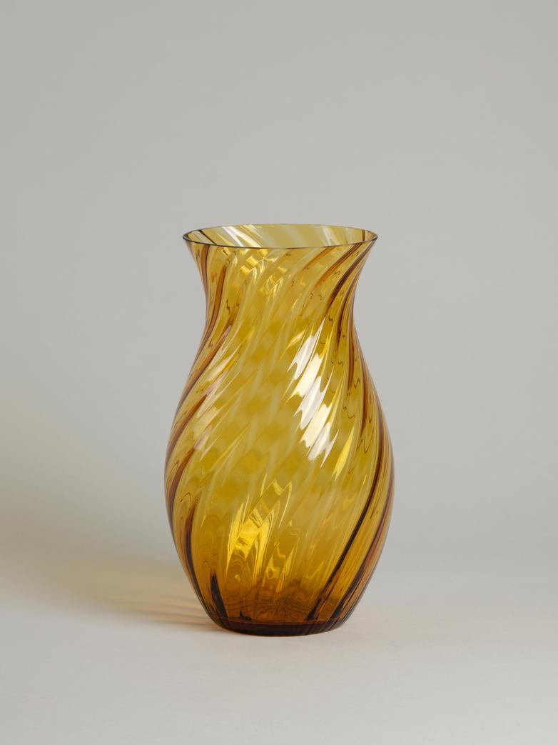 Oslo Swirl Vase – Amber