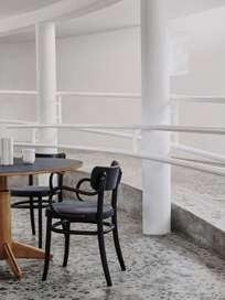 MZO Armchair - Black w.upholstery
