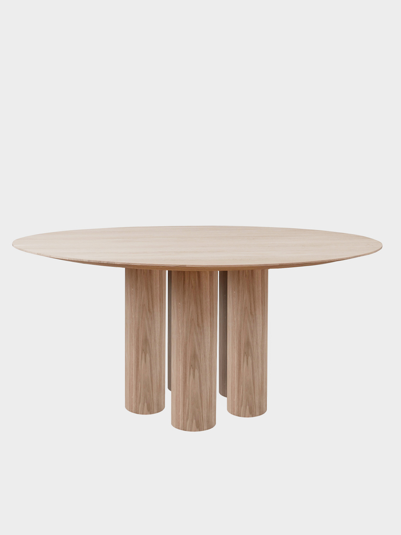 Hommage Grande Dining Table - White Stained Oak - Ø180 cm
