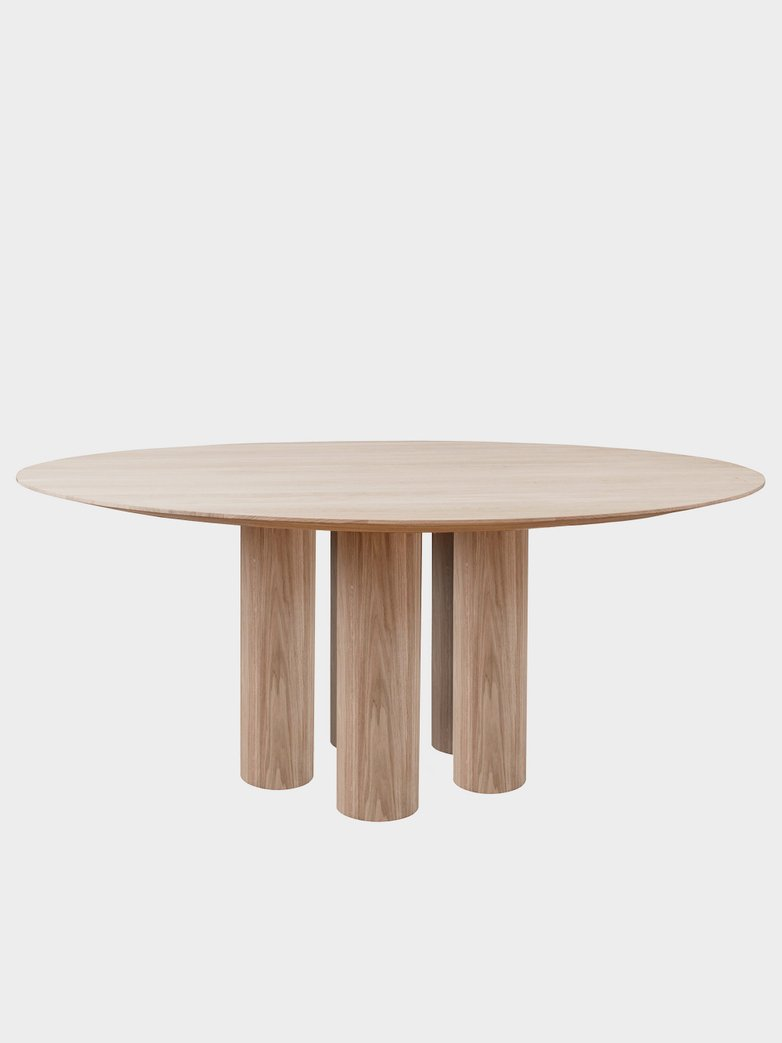 Hommage Grande Dining Table - White Stained Oak - Ø200