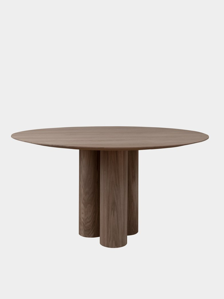 Hommage Grande Dining Table - Smoked Oak - Ø150 cm