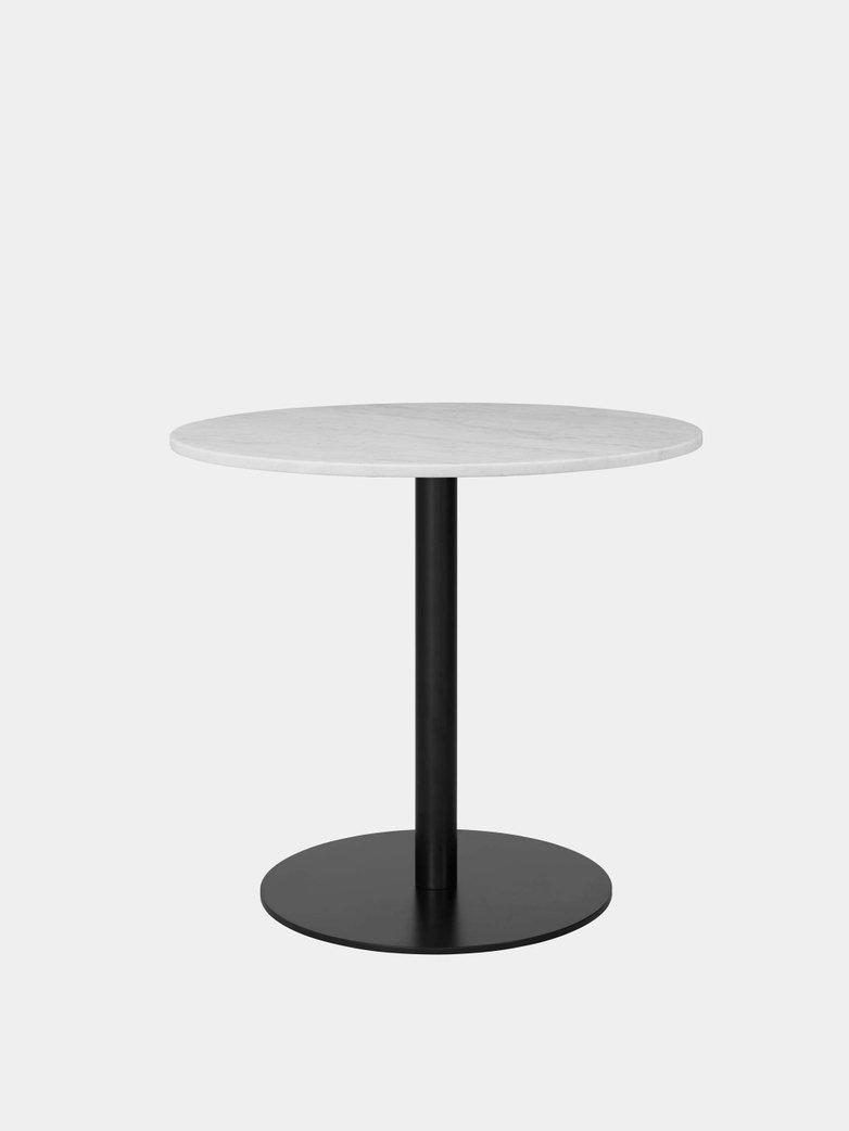 Gubi 1.0 Dining Table Round Ø80 - Black Base