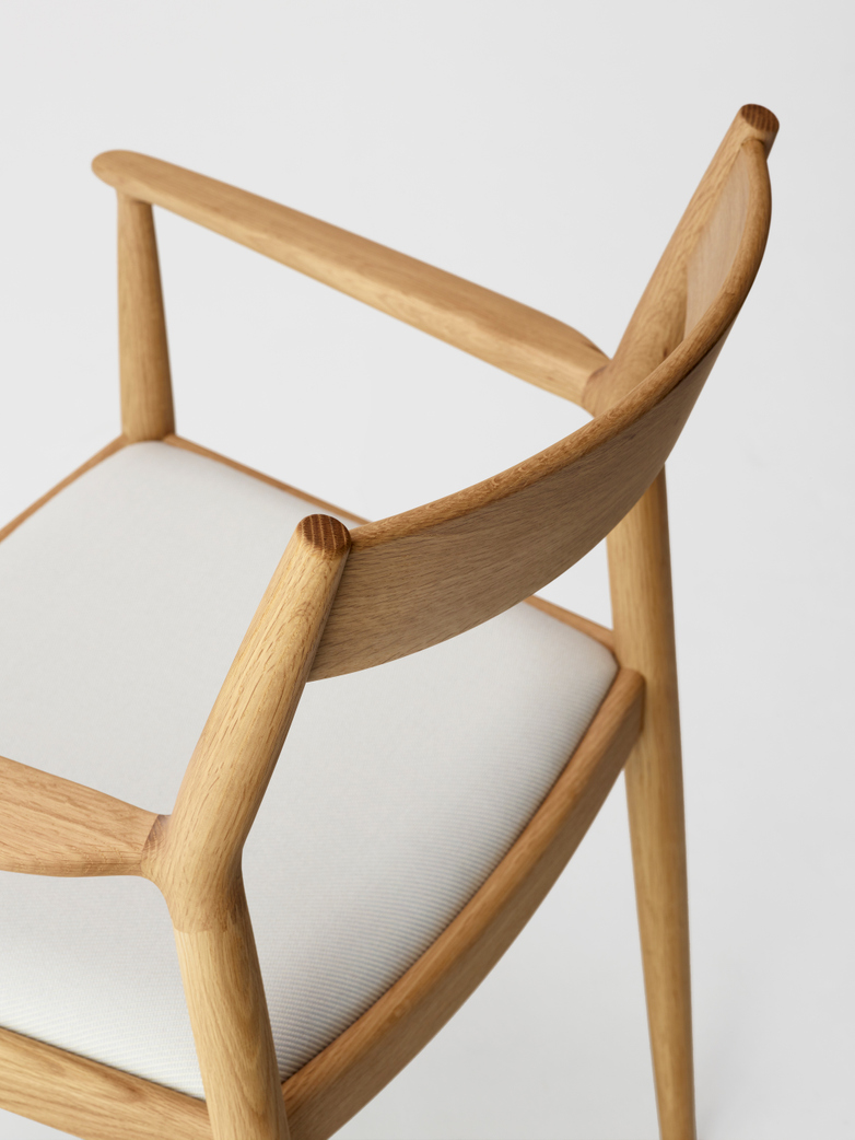 N-DC01 Armchair - Upholstered Seat