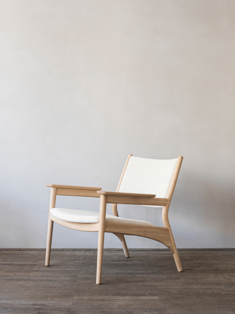 N-LC01 Armchair