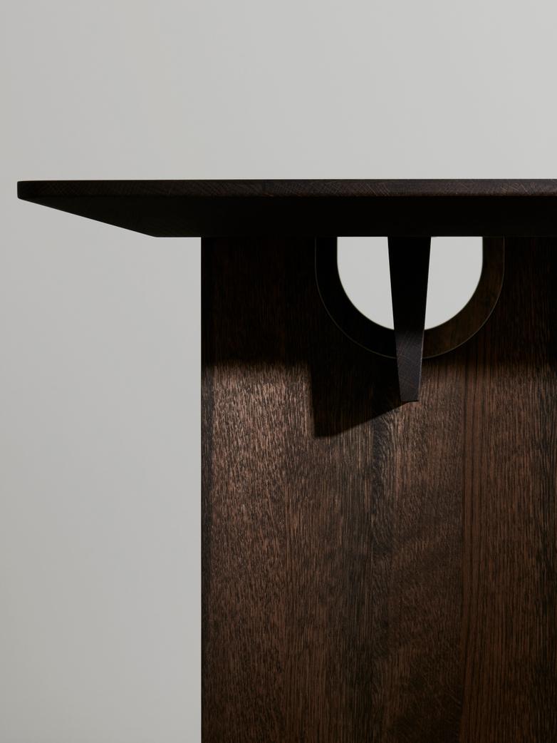 N-DT01 Table - Smoked Oak