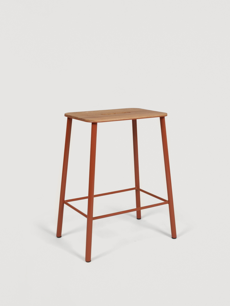Adam Stool Oak - Warm Russet