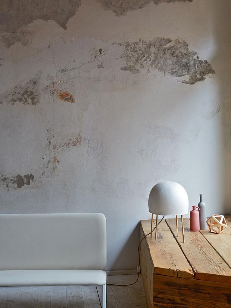 Kurage Table Lamp - White