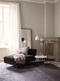 Modern Line Chaise Lounge