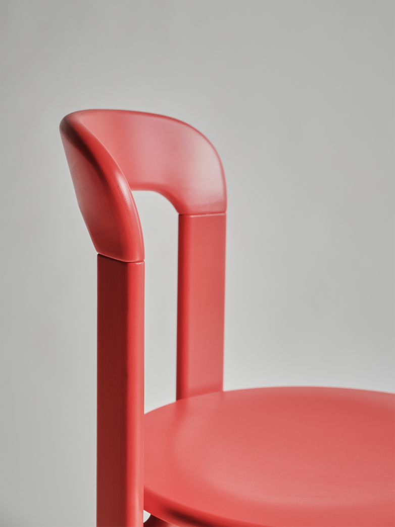 Rey Chair - Red Lips