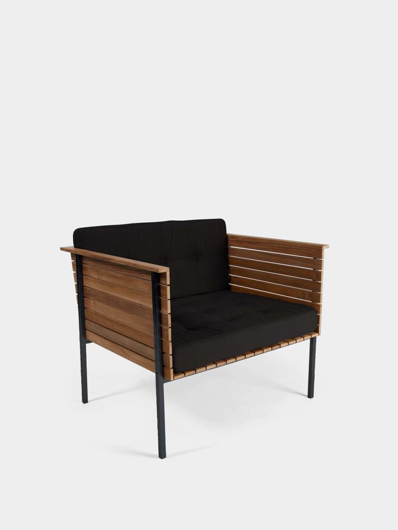 Häringe Lounge Chair - Black Frame/Sooty