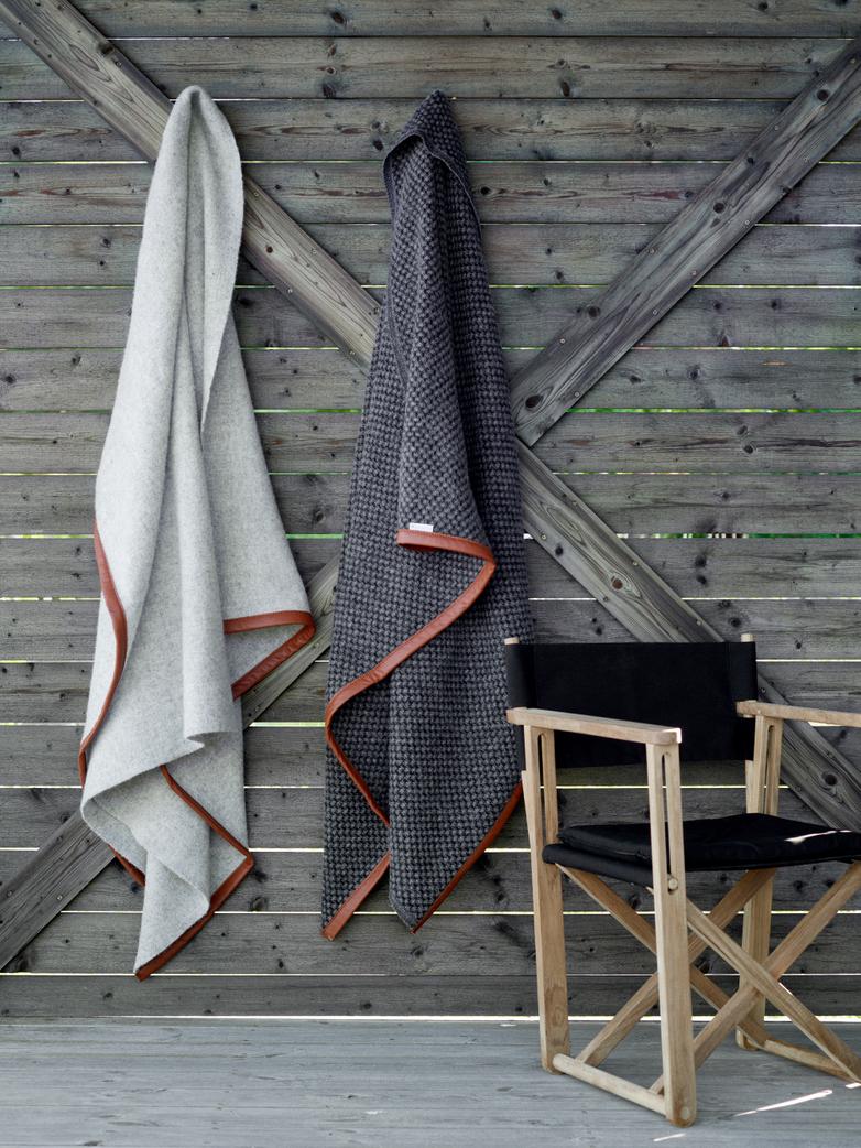 Kryss Lounge Chair - Teak/Black