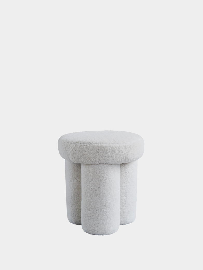 Big Foot Stool – Sheep Skin