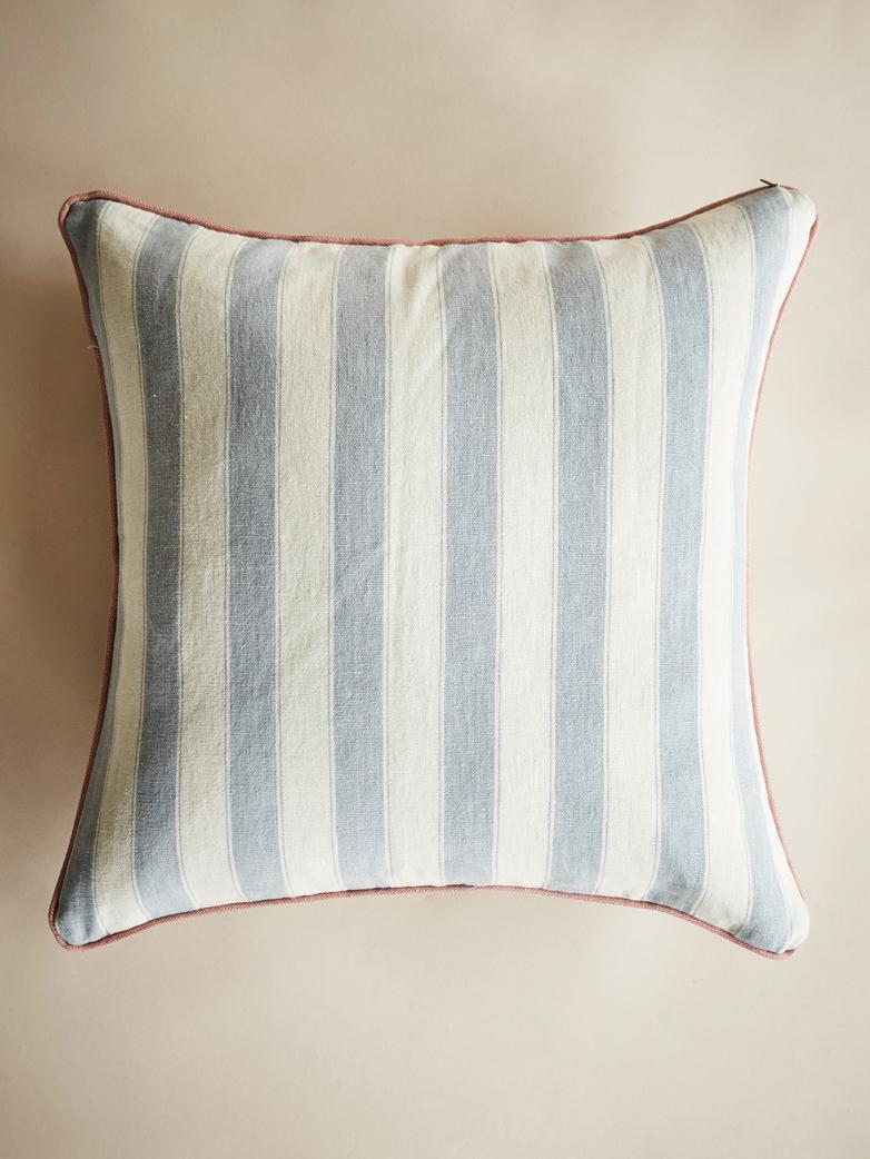 Waltham Stripe – Blue – 60 x 60 cm