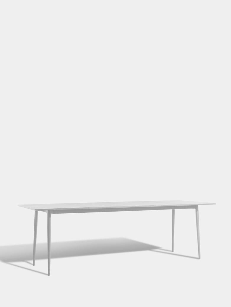Saltö Dining Table