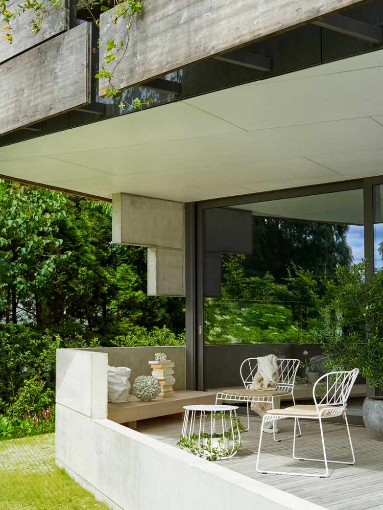 Resö Lounge Table