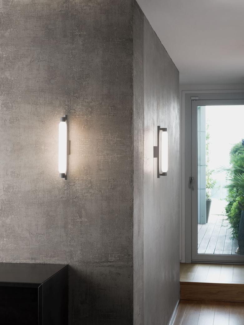 La Roche Wall Lamp