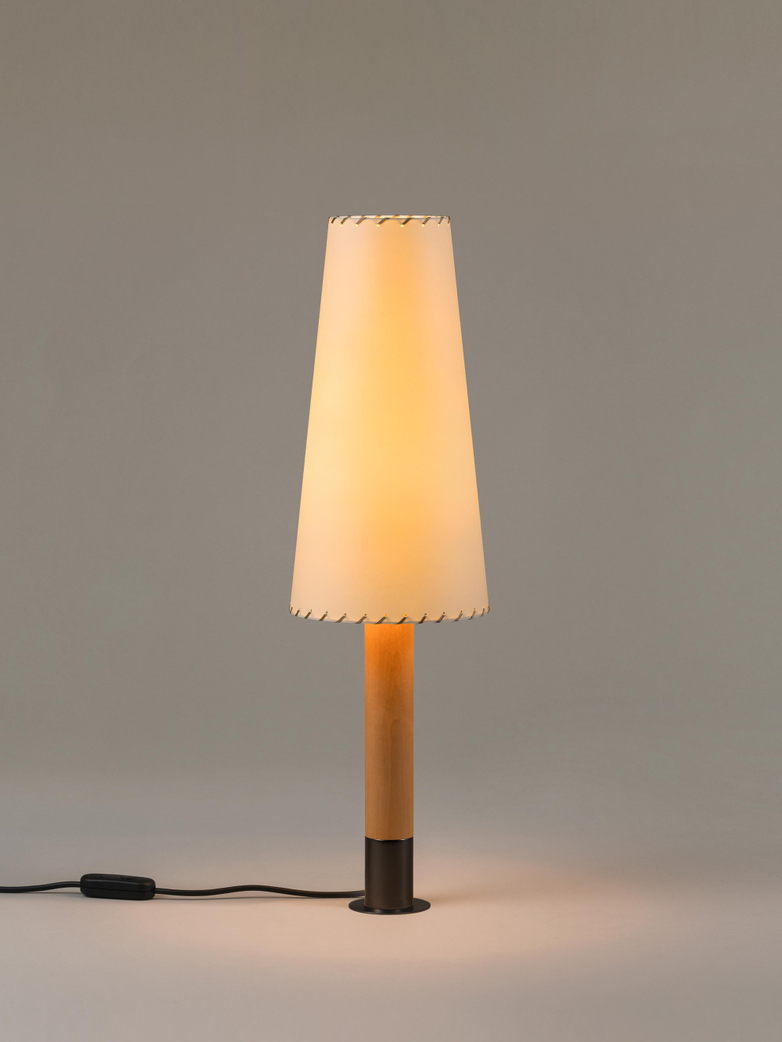 Básica M2 - Table Lamp
