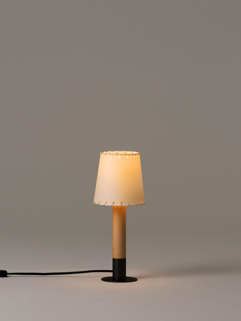 Básica Mínima - Table Lamp