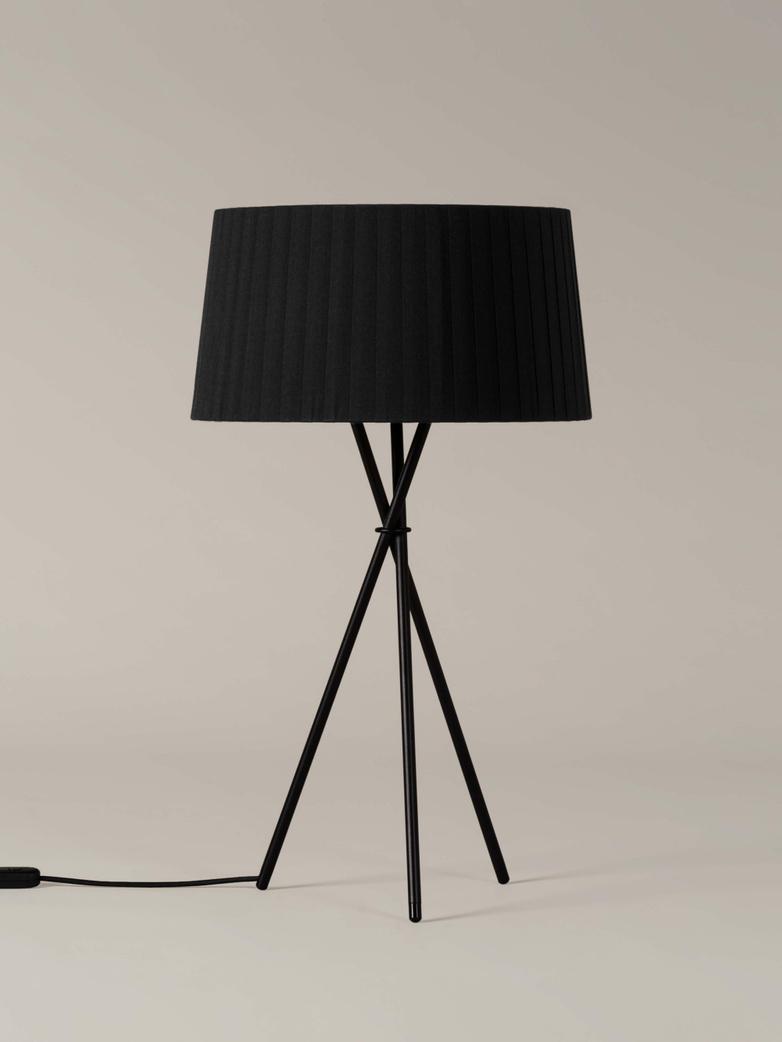 Trípode G6 Table Lamp