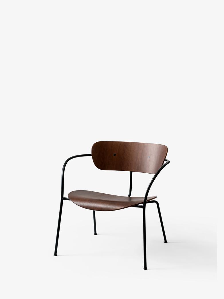 Pavilion AV5 Lounge Chair – Lacquered Walnut