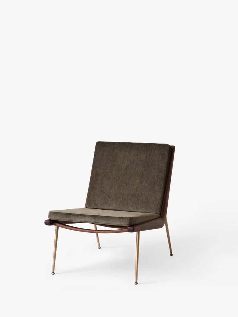 Boomerang HM1 Lounge Chair - Walnut - Duke 004