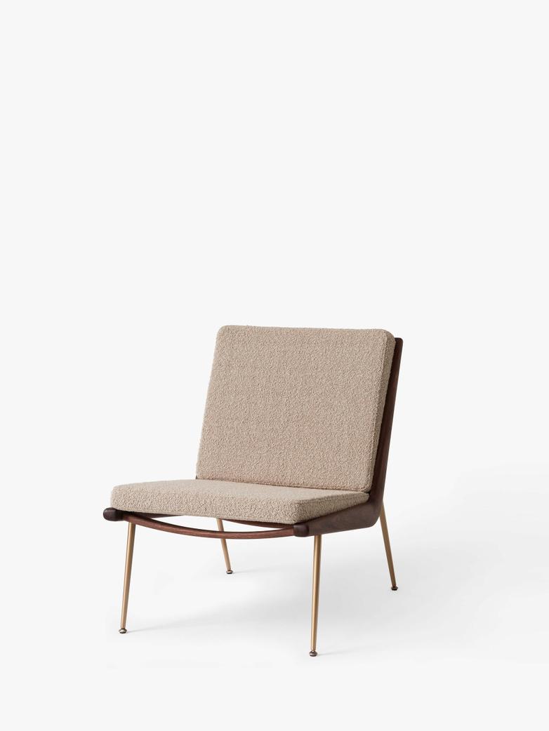 Boomerang HM1 Lounge Chair - Walnut - Karakorum 003