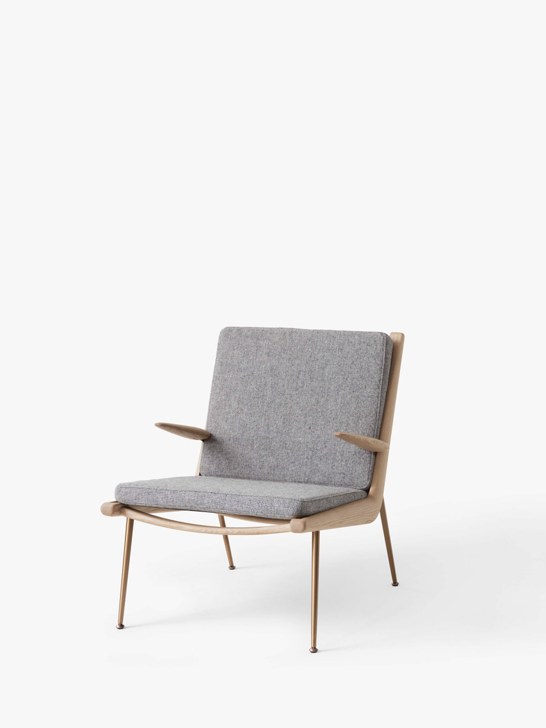 Boomerang HM2 Lounge Chair - Soaped Oak - Hallingdal 130