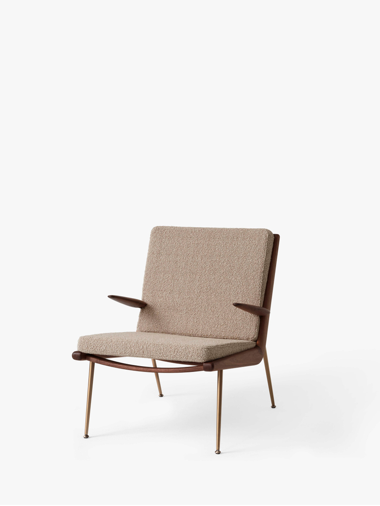 Boomerang HM2 Lounge Chair - Walnut - Karakorum 003