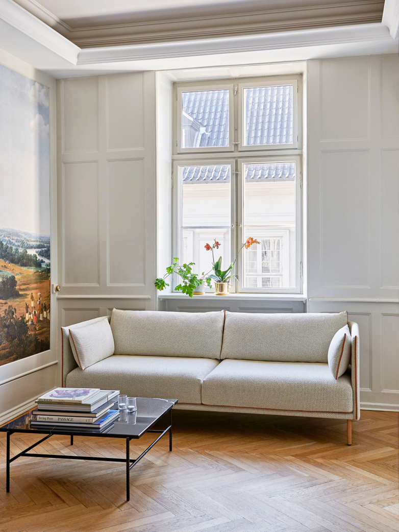 Silhouette Sofa 3-Seater - Coda 100/Cognac Leather Piping