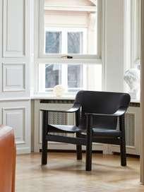 Bernard - Black Oak/Black Leather
