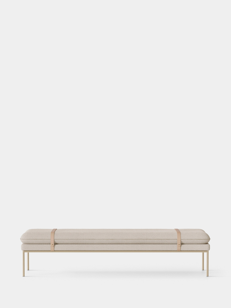 Turn Daybed - Boucle Off White - Cashmere Frame - Natural Straps