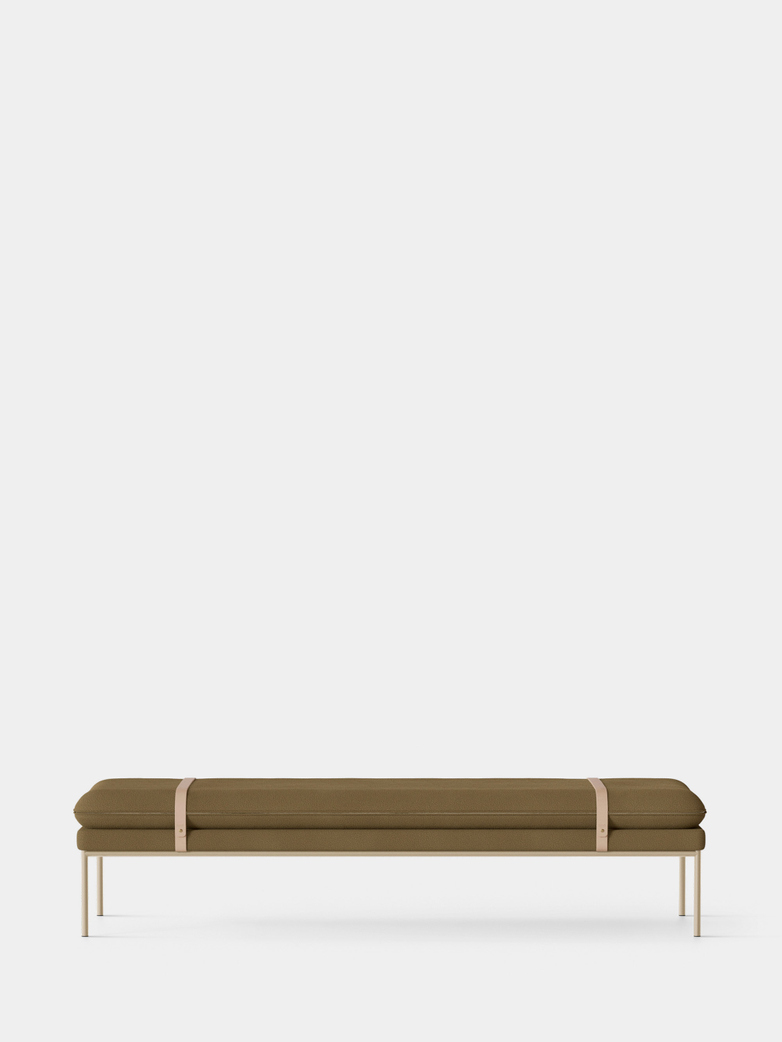 Turn Daybed - Tonus 974 - Cashmere Frame - Natural Straps