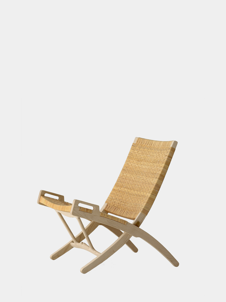 PP512 Folding Chair - Soaptreated Ash - Cane