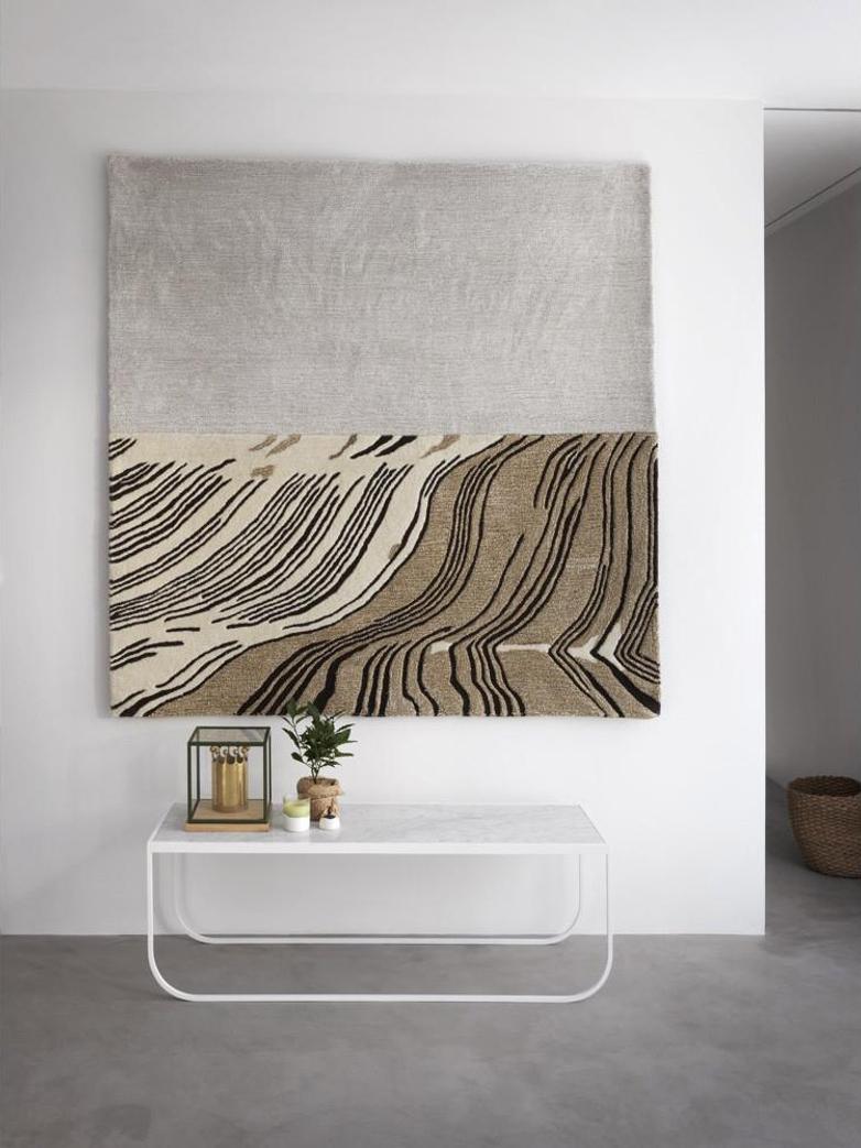 Horizon Field Carpet 160 x 160 cm