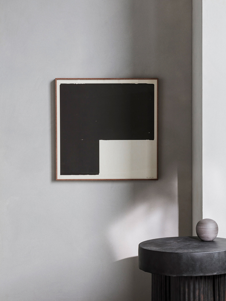 Black Object 01 - 50 x 50