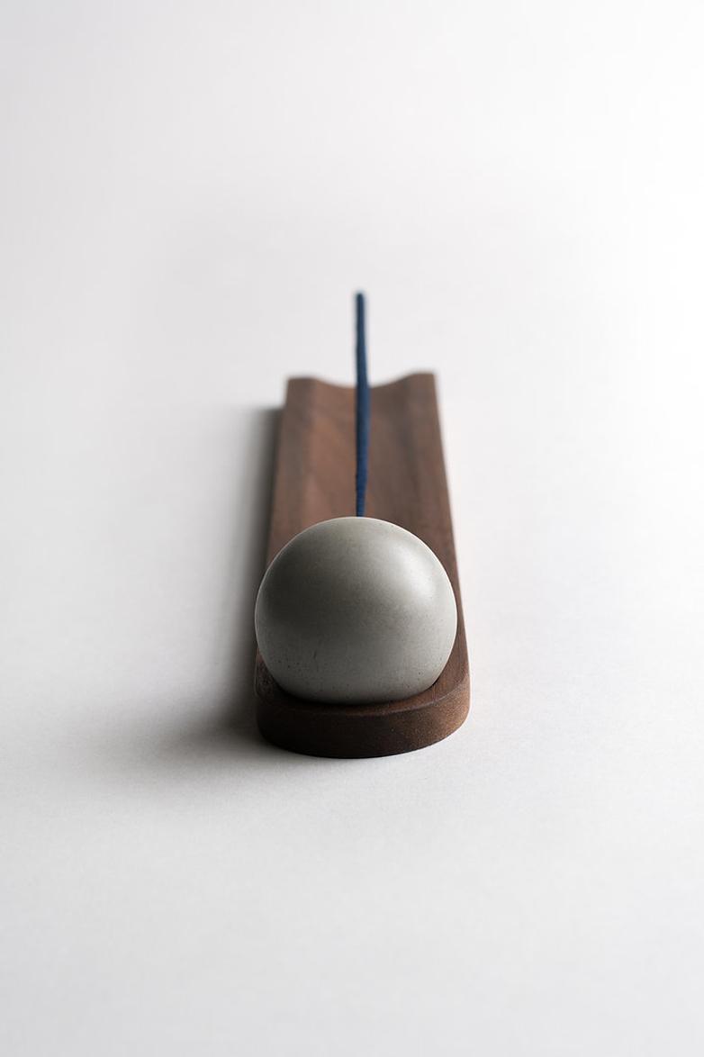 Elysian Incense Burner - Walnut