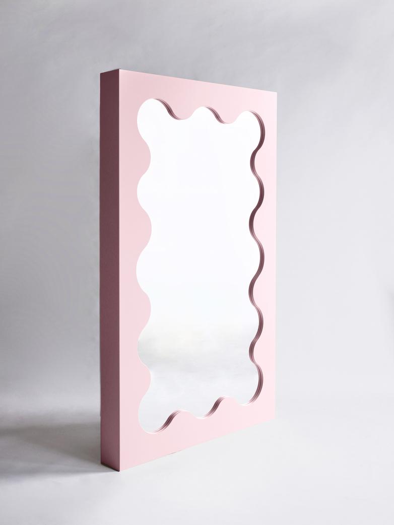 Curvy Mirror - Pink