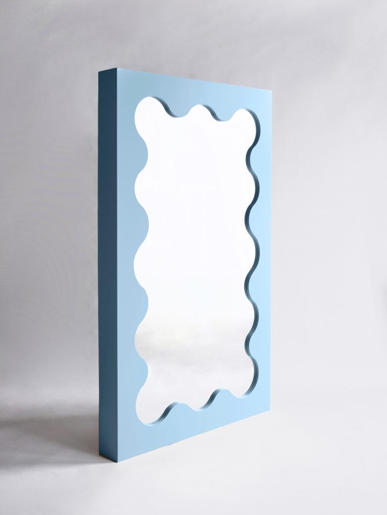 Curvy Mirror - Light Blue