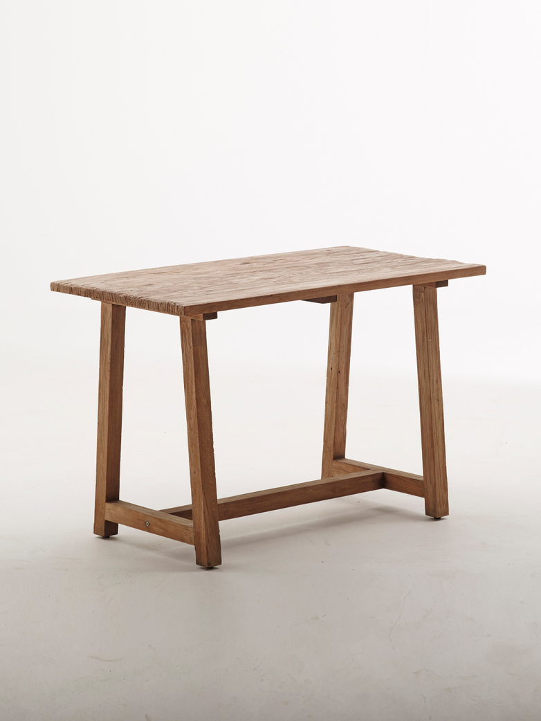 Lucas Desk