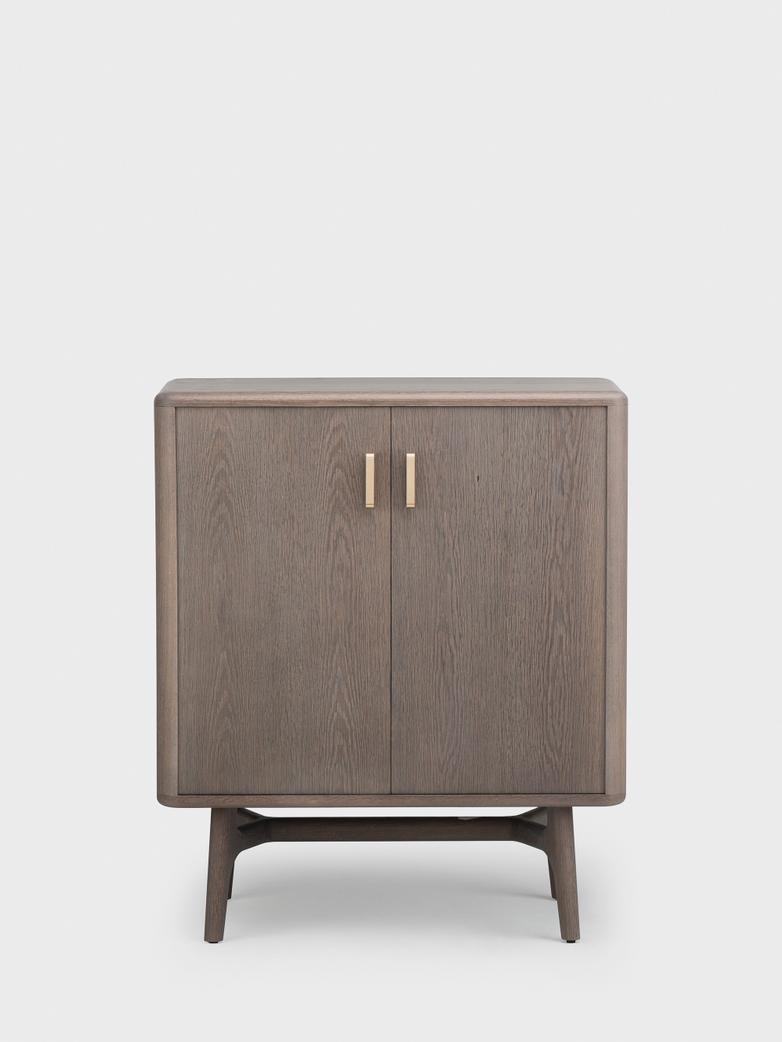 Solo 2-Door Cabinet