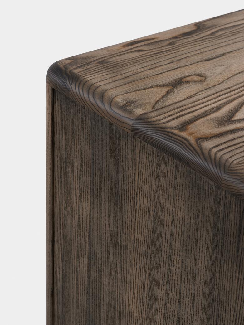 Solo Wide 4-Door Cabinet