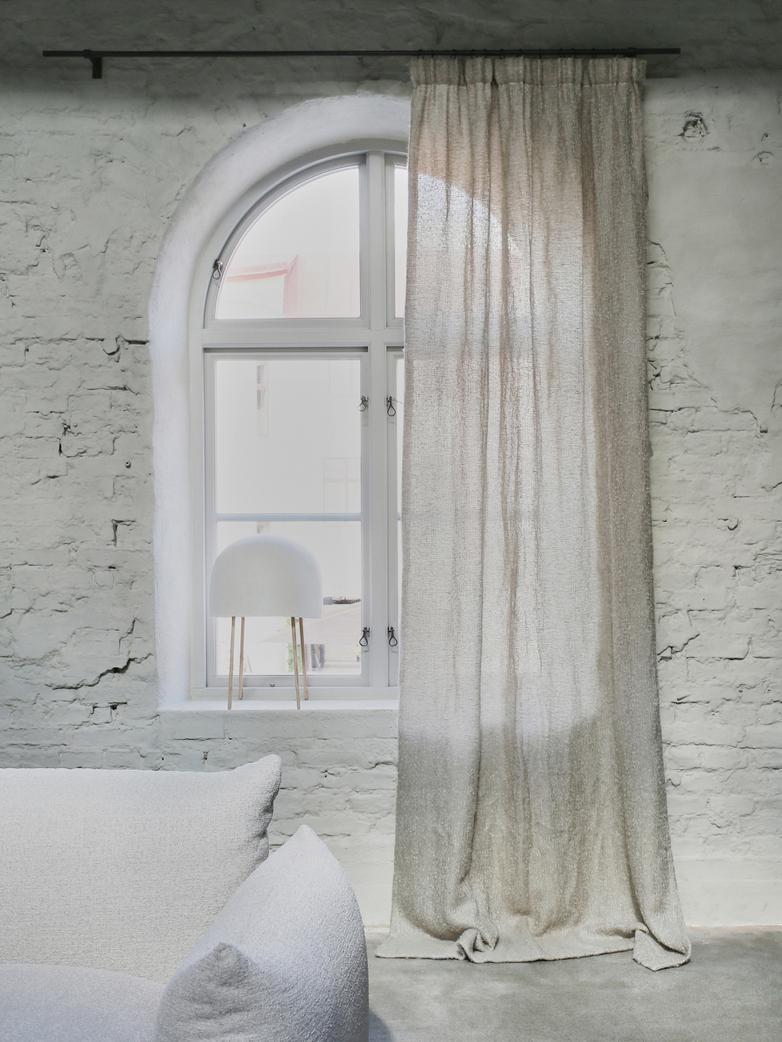 Astrid Torno Curtain