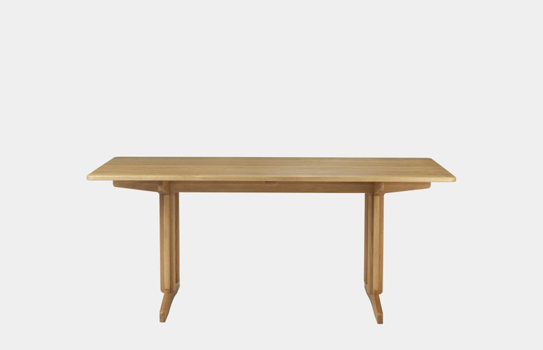 C64 Shaker Dining Table