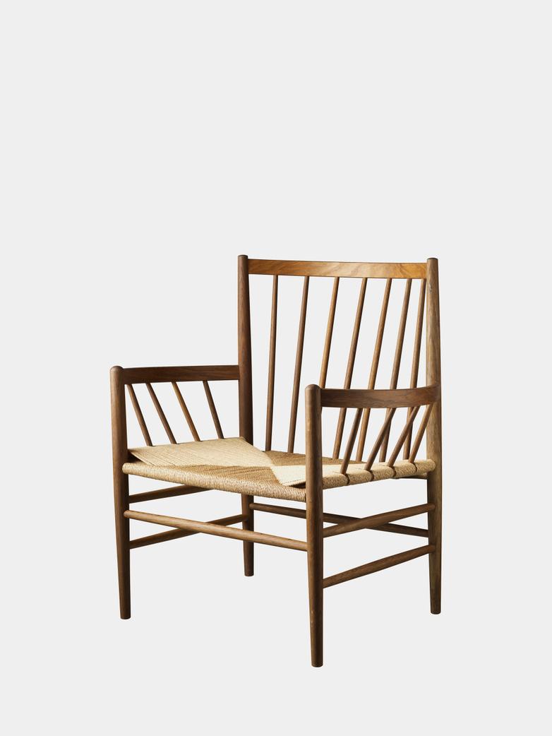 J82 Lounge Chair