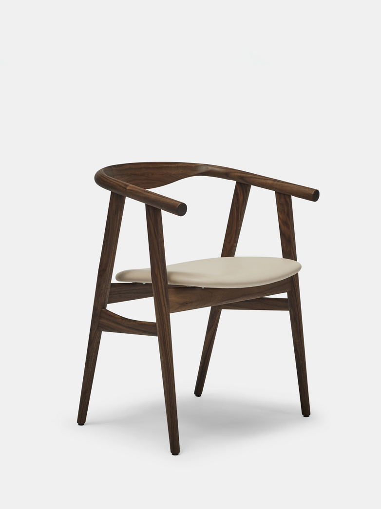 GE525 Chair