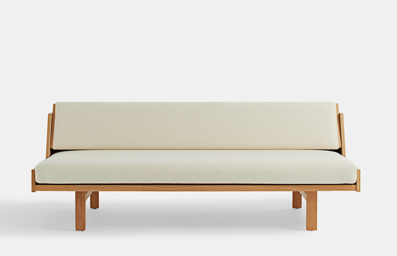 GE258 Daybed
