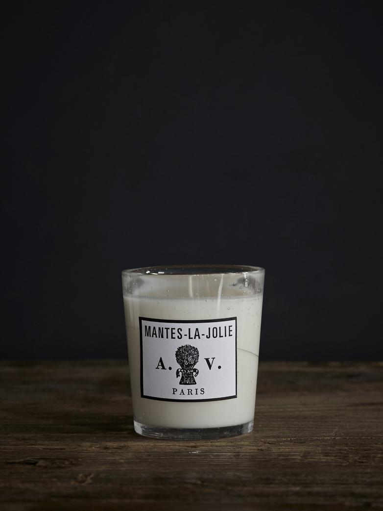 Mantes la Jolie Scented Candle